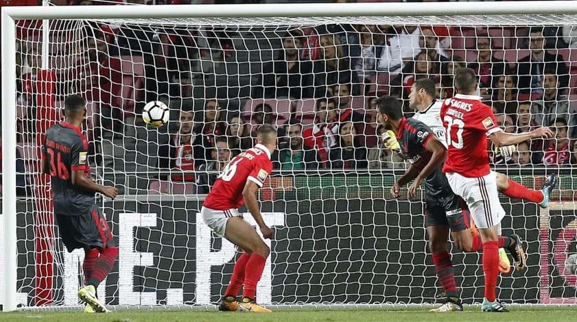 Crónica do Benfica-Sp. Braga, 1-1: E vão três...