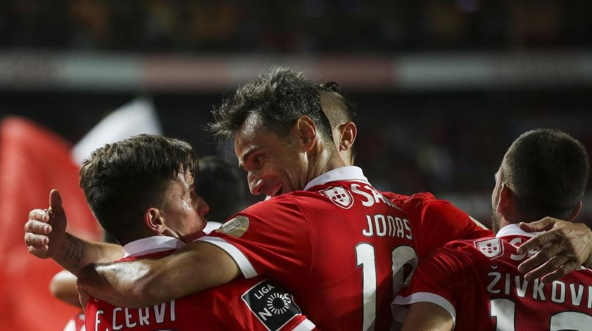 Benfica-P. Ferreira, 2-0