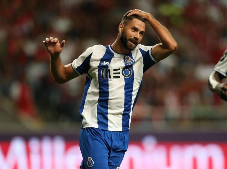 A lista de jogadores para a Champions — FC Porto