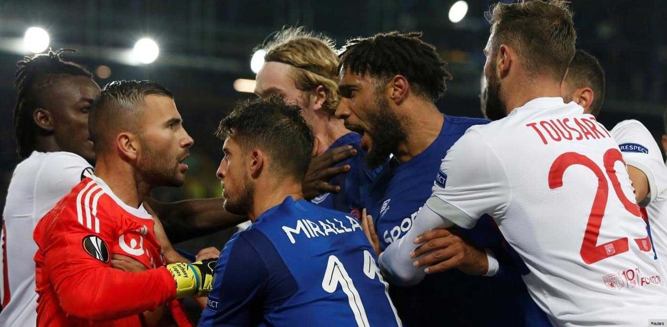 UEFA abre inquérito aos incidentes do jogo Everton-Lyon