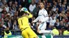 Guarda-redes foram estrelas no empate (1-1) entre Tottenham e Real