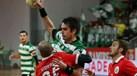 Sporting bate Benfica e sobe à liderança