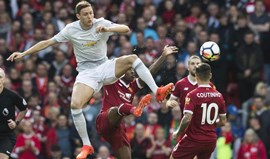 Liverpool e Man. United empatam no arranque da jornada