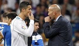 Zidane: «Ronaldo é largamente o melhor jogador da sua geração»