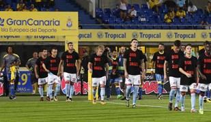 Las Palmas-Celta homenageou vítimas dos incêndios em Portugal e Espanha