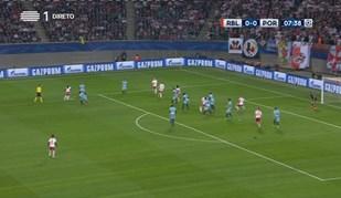 Junte-se à discussão: acha que há fora-de-jogo no golo do Leipzig?