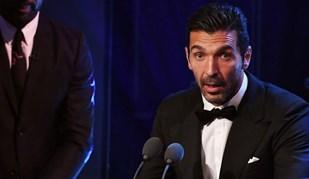Da emoção de Buffon à alegria de Ronaldo: Os vencedores da gala FIFA