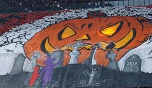 Em época de Halloween, adeptos do Milan recordaram o maior 'pesadelo' da Juventus
