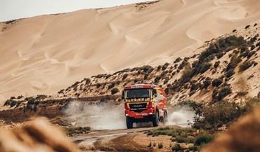 Rali de Marrocos: Elisabete Jacinto parada no deserto