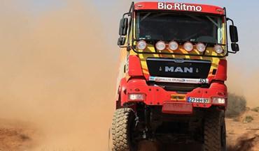 Rali de Marrocos: Elisabete ainda espera ajuda no deserto