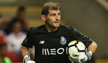 Iker Casillas ironiza sobre vídeo-árbitro com imagens da Catalunha