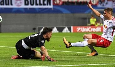 A noite de José Sá, a enorme surpresa no onze do FC Porto