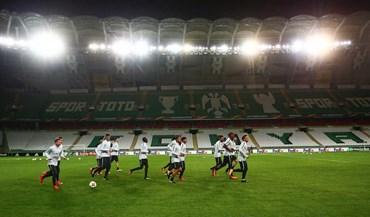 Grupo I: Konyaspor-Salzburgo, em direto