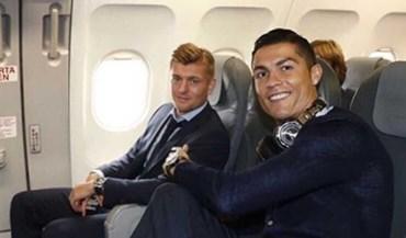 Ronaldo sorri no regresso a Londres