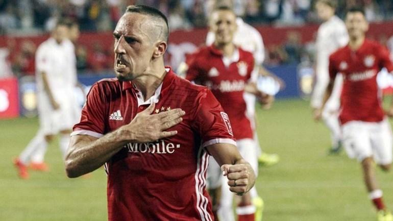Ribéry ainda acha que é como Ronaldo ou Messi