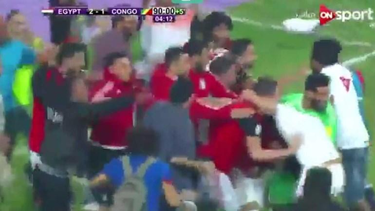 Salah colocou o Egito no Mundial... e levou o estádio à loucura