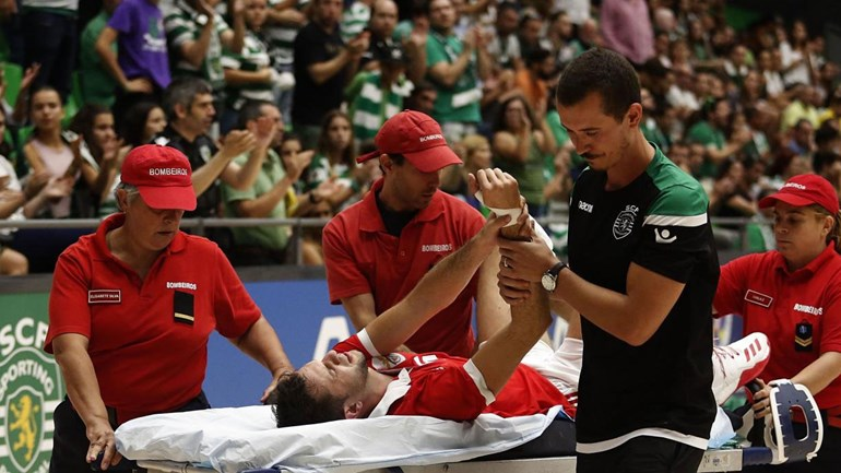 Susto, fair play e triunfo do Sporting: assim foi o dérbi no voleibol