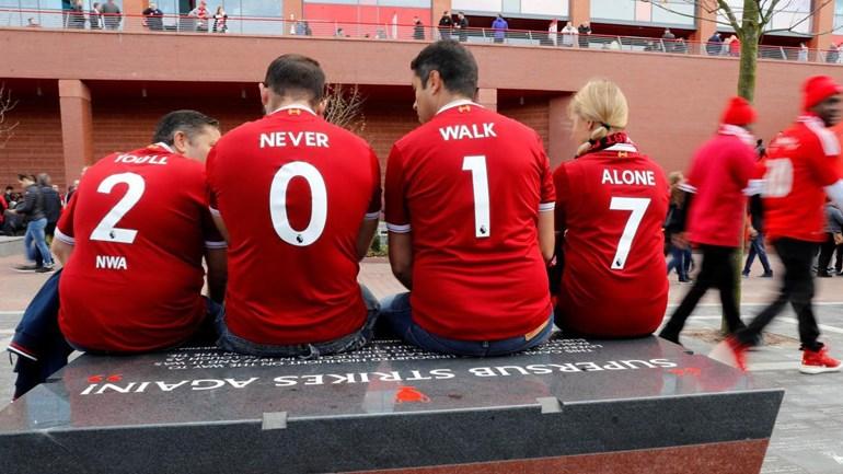 Se a linha defensiva do Liverpool estiver assim coordenada...
