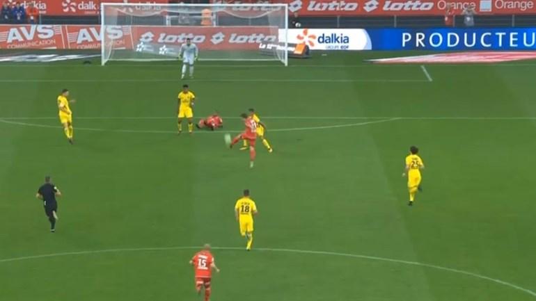 Em França já foi marcado o melhor golo da temporada