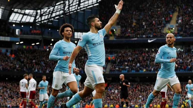 City aproveita tropeço do United e dispara na liderança da Premier League