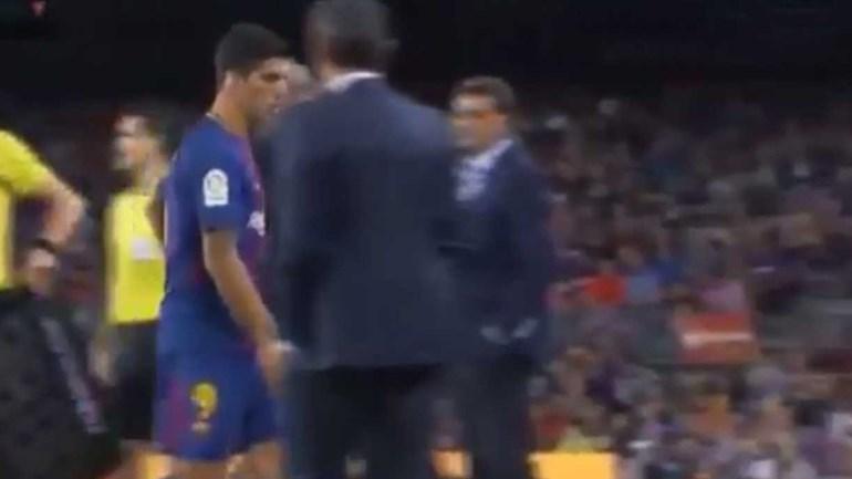 Depois de um jogo para esquecer ainda custa mais ser substituído... não é Suárez?
