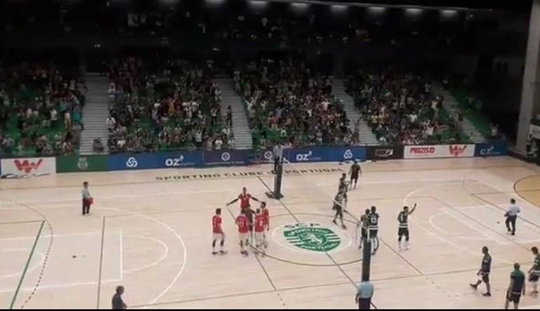 Foi assim a festa do Sporting após triunfo no dérbi de voleibol