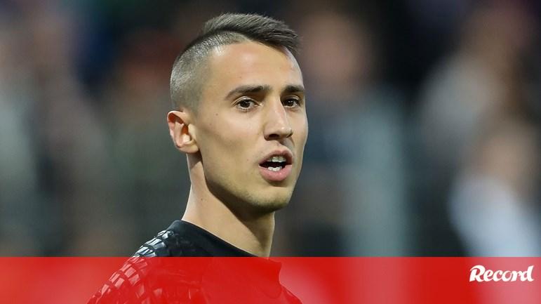 Resultado Benfica Hoje: Vlachodimos Assina Hoje