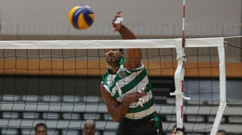 Sporting derrota Voleibol Clube de Viana