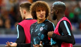 David Luiz de regresso ao onze do Chelsea