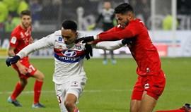 Pedro Mendes ajuda Montpellier a travar Lyon