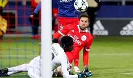A crónica do CSKA Moscovo-Benfica, 2-0: Um festival de asneiras