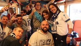 Adeptos do Famalicão entusiasmados na viagem para Alvalade