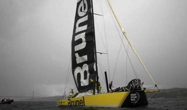 Volvo Ocean Race: Team Brunel vence corrida de porto