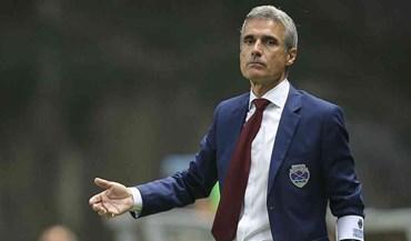 Luís Castro chama adeptos a motivar equipa carente de pontos