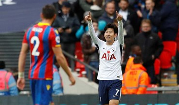 Tottenham vence Crystal Palace com golo de Son Heung-Min