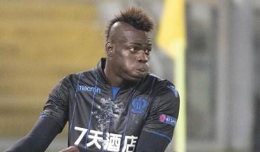 Balotelli dá vitória ao Nice mas acaba expulso