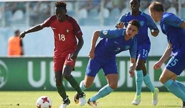 Mourinho continua de olho em jovem promessa portuguesa