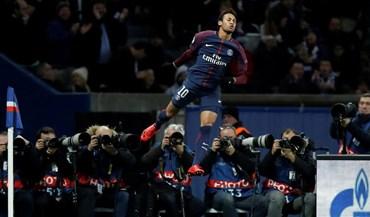 Neymar e Cavani mais perto de... CR7