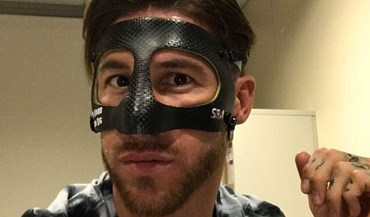 Sergio Ramos já treina com a sua nova máscara