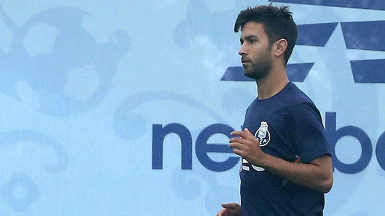 Sérgio Conceição chamou Galeno ao treino