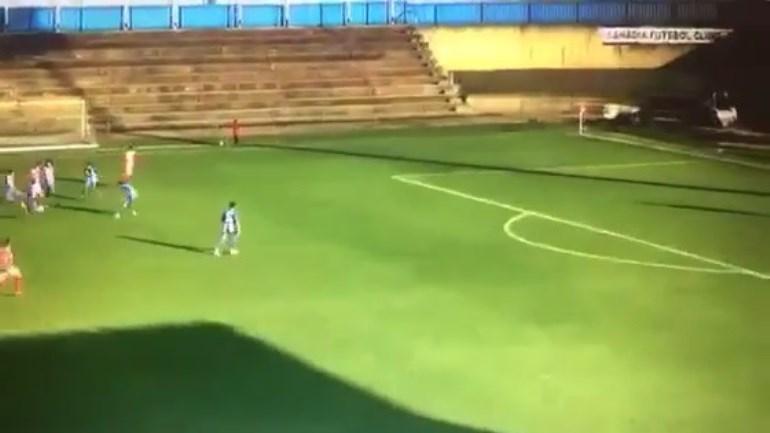 Mais um golaço candidato ao Prémio Puskas no Campeonato de Portugal