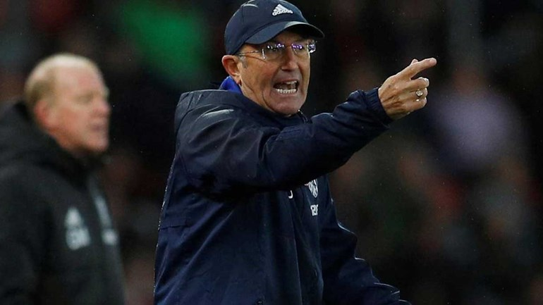 'Chicotada' na Premier League: Tony Pulis despedido