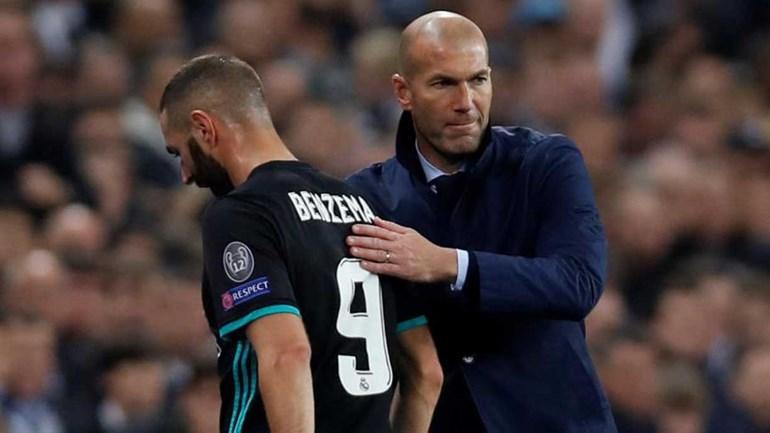 Zidane recusa atirar a toalha ao chão: