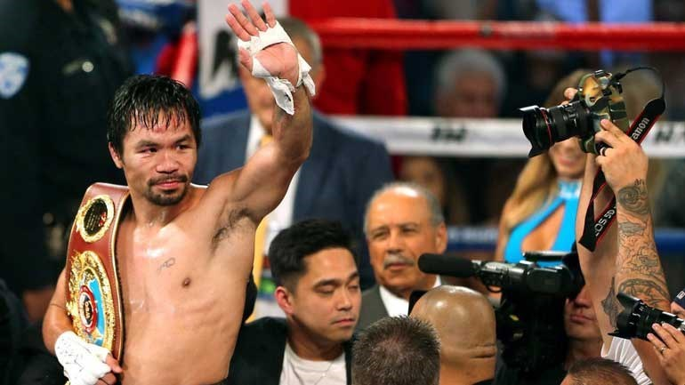 Pacquiao posta foto e sugere superluta de boxe contra McGregor para 2018