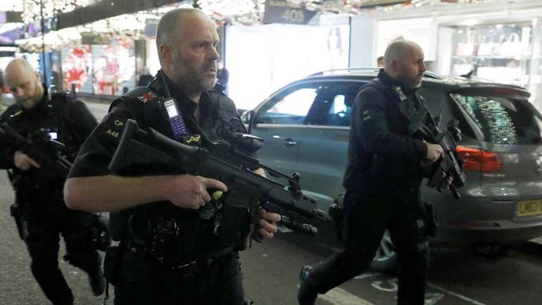 Incidente em Londres fecha estação de metro Oxford Circus