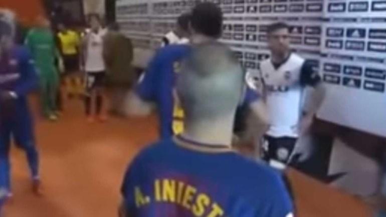 Pergunta de Gayà a Busquets sobre golo de Messi ainda trouxe mais achas para a fogueira
