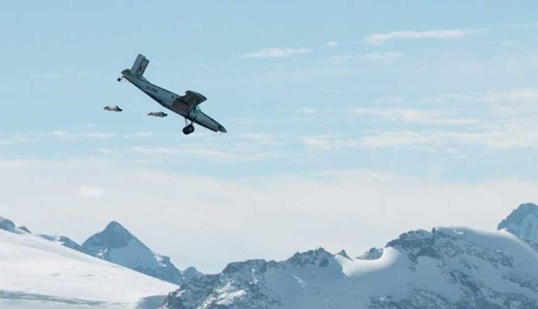 Saltar de um avião é fácil... difícil é entrar em andamento