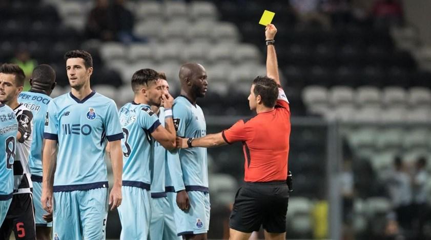 O que diz o relatório do árbitro do FC Porto-Boavista