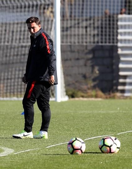 Diogo Gonçalves marca um golo e assiste no triunfo dos Sub-21