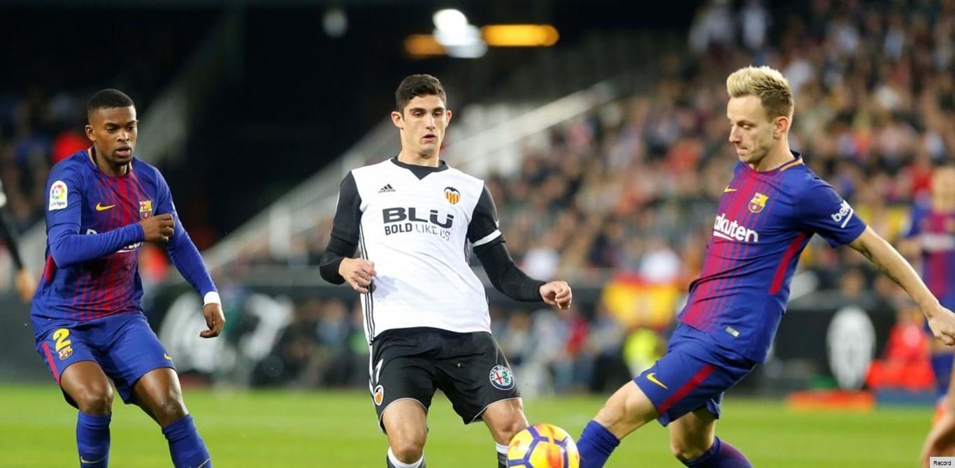 Gonçalo Guedes de regresso aos treinos no Valencia